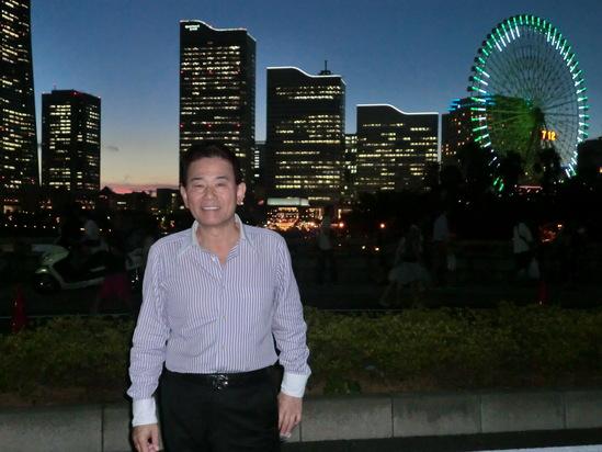 横浜港で花火大会_e0119092_1250249.jpg