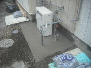 浴室工事・・土間コン_f0031037_21471417.jpg