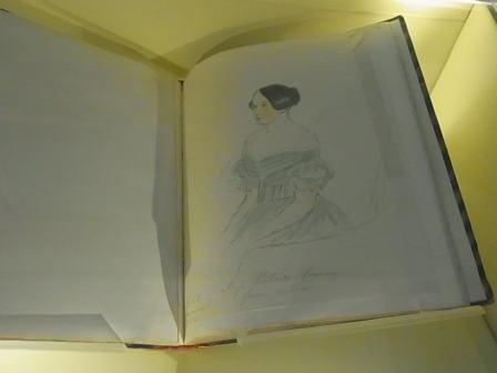 クイーン・ヴィクトリアの歴史に学ぶ......_d0127182_16581430.jpg
