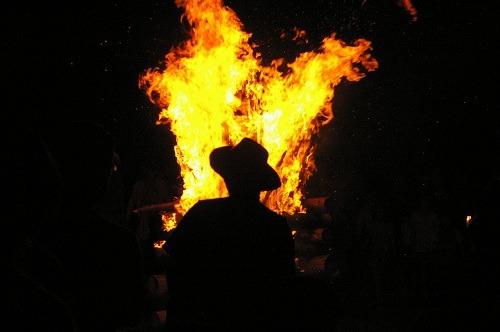 炎を見上げて_b0174425_20361957.jpg