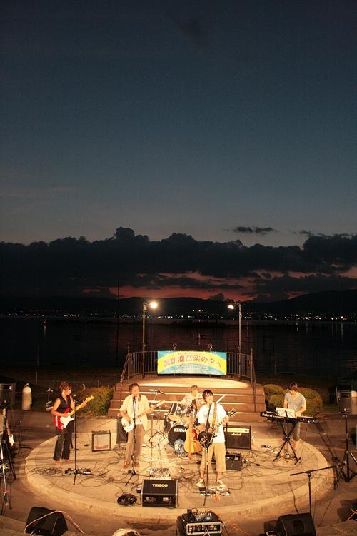諏訪湖音楽の夕べ_b0029350_3514017.jpg