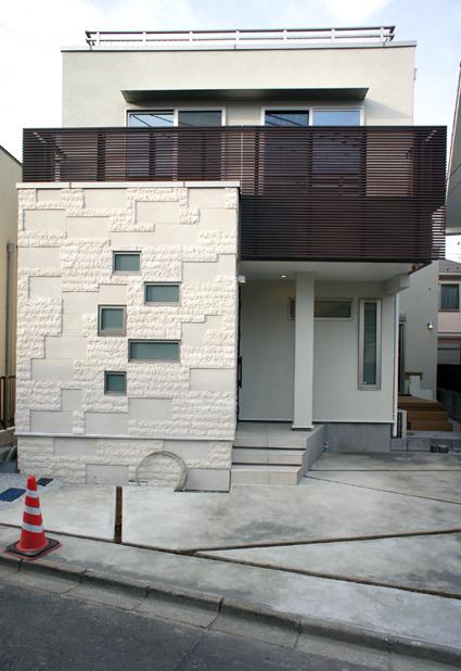 キューブと面の住宅_e0118750_1033815.jpg