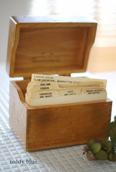 old recipe box & cards  昔のレシピボックス_e0253364_22211992.jpg