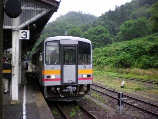 真夏の中国地方ローカル線7 (芸備線)_b0005281_14422749.jpg