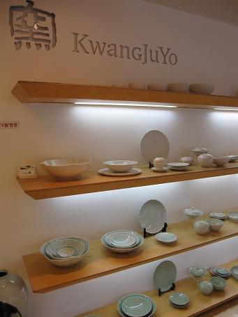 韓国旅行2012.7 食器屋巡り_b0189489_11311985.jpg