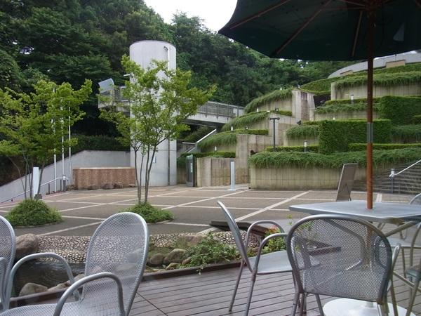 涼を求めて~岡本太郎美術館_c0237493_1052759.jpg