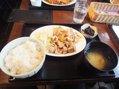 Newbridge Beer House@新橋の豚肉の生姜焼_d0044093_10113062.jpg