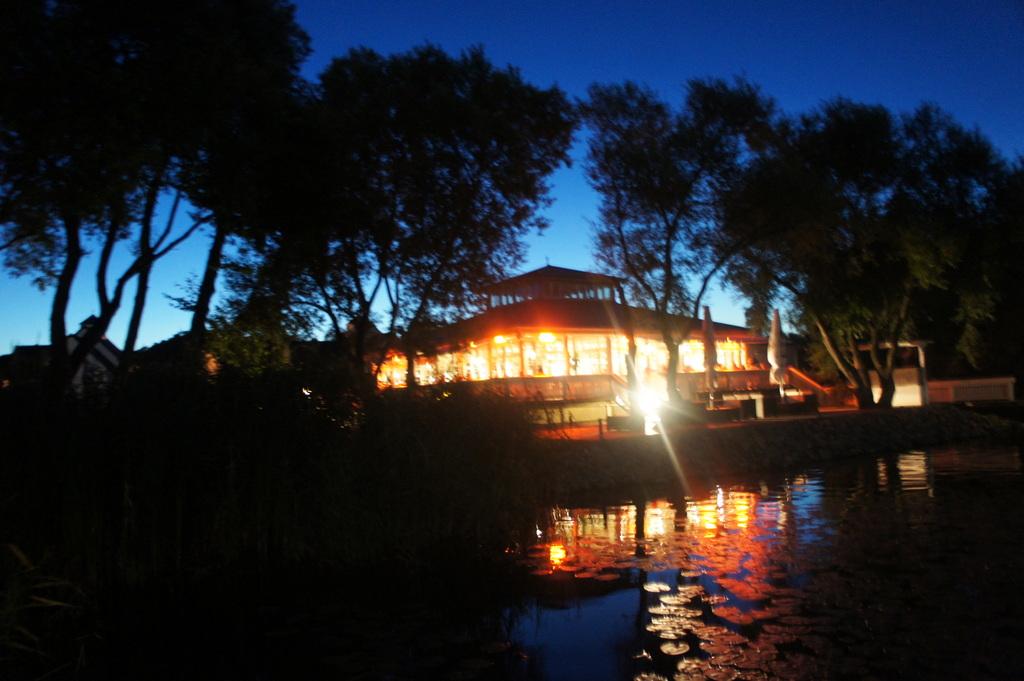 Schwielow湖の夜。_c0180686_1765922.jpg