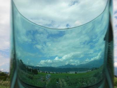 グラス越しの空_a0014840_22494076.jpg