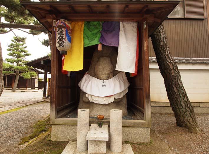 上善寺の石仏-Ⅰ                    京都市・北区_d0149245_1175692.jpg
