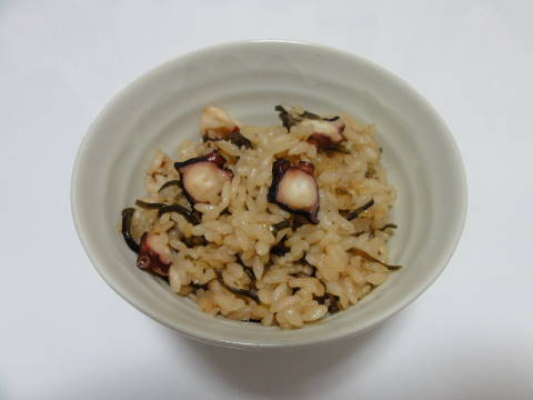 たこ飯と鯛の潮汁_f0034816_21562929.jpg