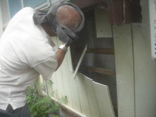 水漏れ工事と浴室確認。_f0031037_21594938.jpg