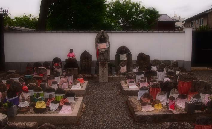 上善寺の石仏-Ⅲ                    京都市・北区_d0149245_2215732.jpg