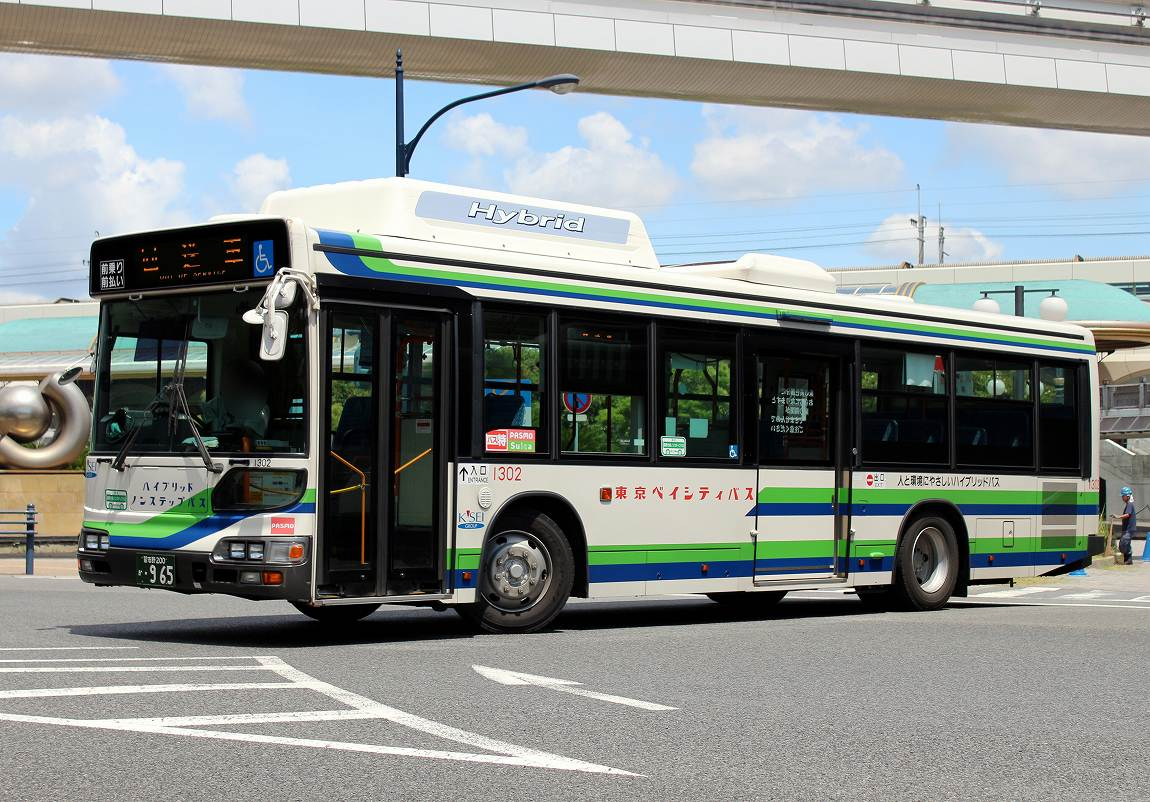 東京ベイシティ交通 1302 : バス...