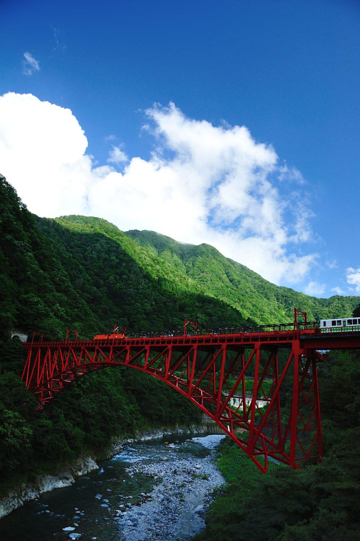 トロッコ電車の黒部峡谷へ_c0220824_10212043.jpg
