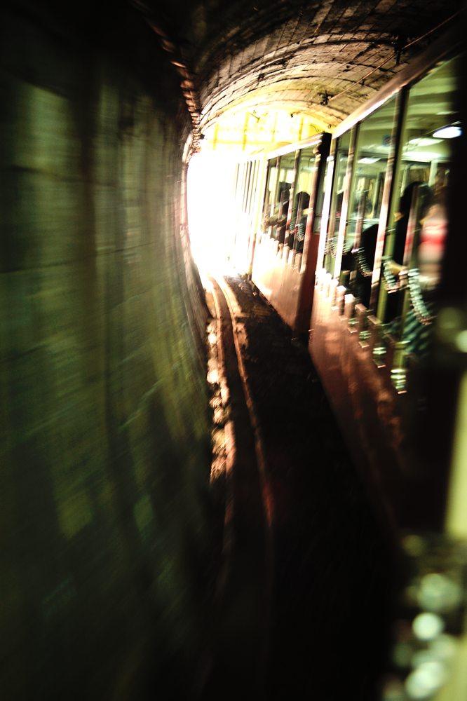 トロッコ電車の黒部峡谷へ_c0220824_9503470.jpg
