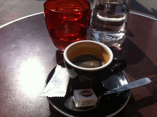 日仏夏のコーヒータイム_e0262430_1045318.jpg