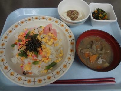 8/9ちらし寿司と盆汁!_a0154110_9325536.jpg