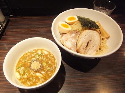 京鰹節つけ麺 愛宕@新橋のTSUKE ATAGO_d0044093_205118.jpg