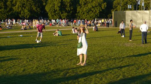 LONDON Kensington GardensとHyde Parkを分けるThe Long Walterが始まるItalian Gardensから撮影その❷→_b0032617_153378.jpg