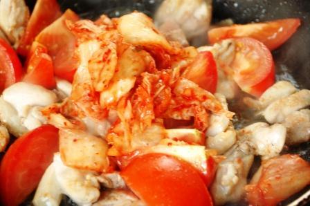 鶏のトマトキムチ炒め_d0104926_633840.jpg