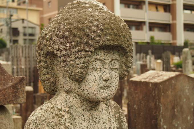 知恩寺の石仏-Ⅱ                   京都市・左京区_d0149245_236451.jpg