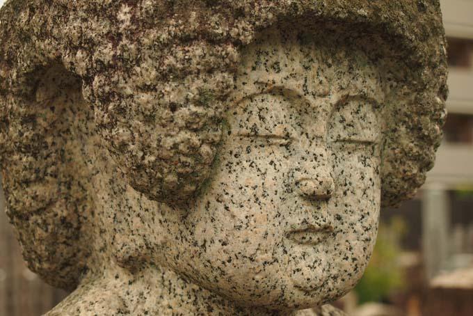 知恩寺の石仏-Ⅱ                   京都市・左京区_d0149245_236964.jpg