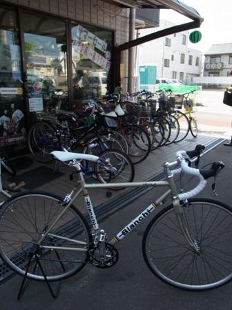 ビアンキ イモラ ロードバイク _e0140354_0351867.jpg