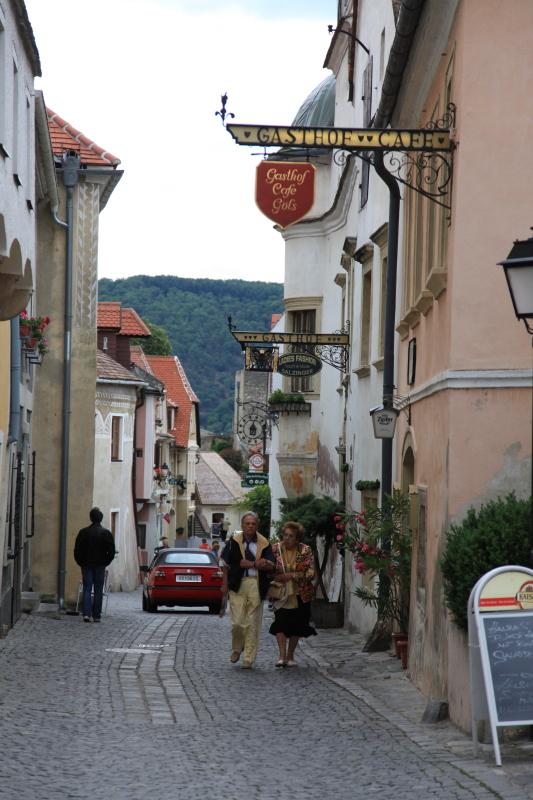 中世の町並みデュルンシュタイン_c0187779_643281.jpg