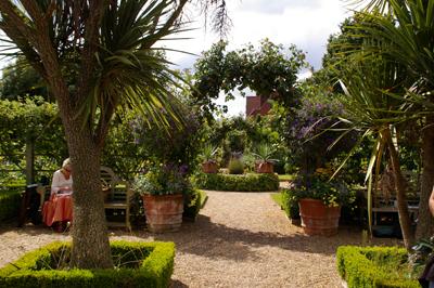 Whichford  potに出会える場所in England_d0229351_18104569.jpg