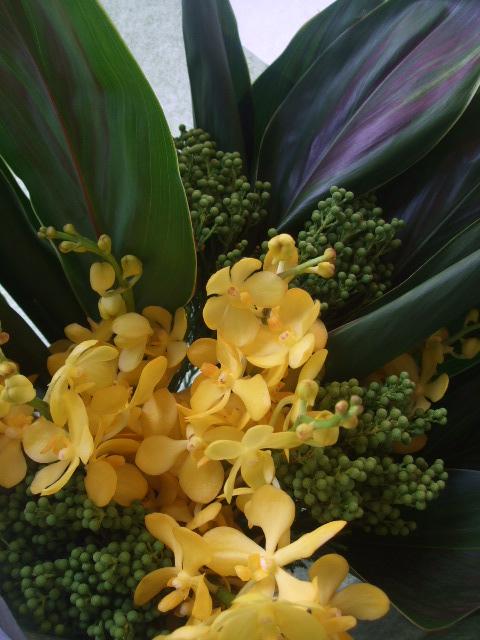オークリーフ(黄色いモカラの花束)_f0049672_16421162.jpg