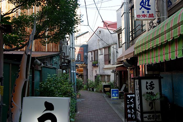 色の街 静岡県 熱海市-28 _f0215695_1932759.jpg