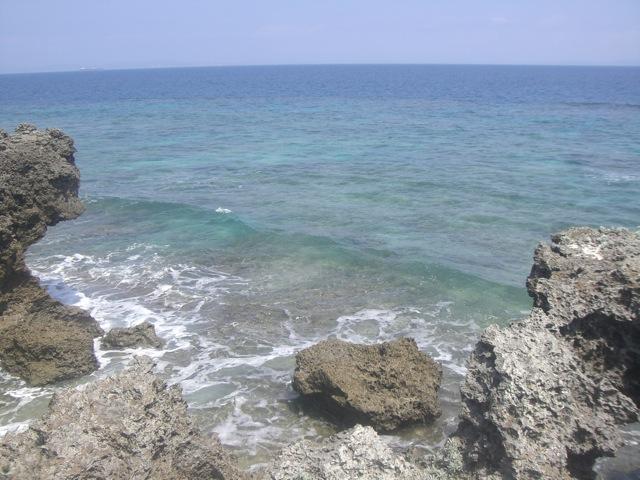 久高島より「神の土地」_b0181015_16591156.jpg