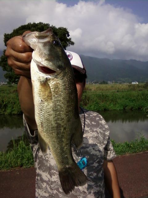 2012年第5回 TBCスキルアップミーティング & バス釣り大会_a0153216_0303114.jpg