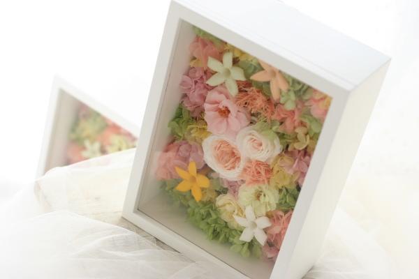 お母様へお渡しする花 ご両親贈呈用ギフト フレームで_a0042928_2354556.jpg