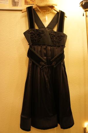秋物新商品 BLACK DRESS_f0144612_1045144.jpg