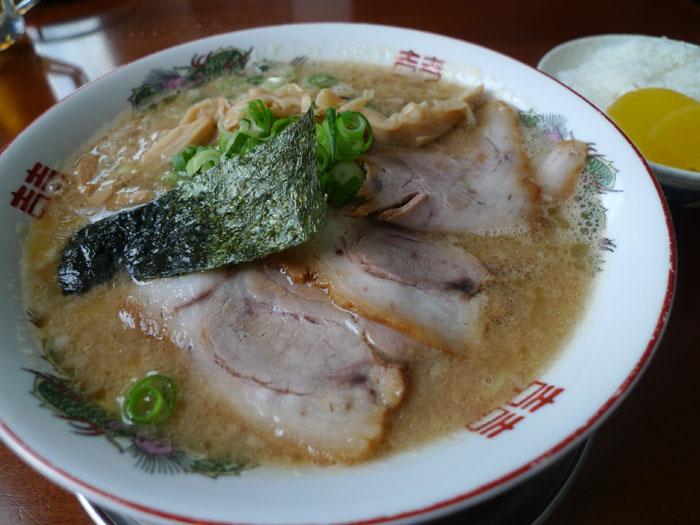 新味豚骨醤油麺 @ 新在家ラーメン もんど_e0024756_10452594.jpg