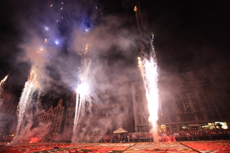 フラワーカーペット前夜祭_c0187779_6485074.jpg