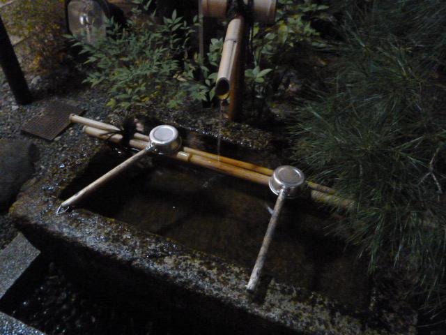 8月の京都は・・・六道詣りや百鬼夜行などが涼しいかも。_b0210699_23404420.jpg