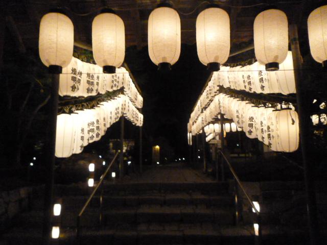 8月の京都は・・・六道詣りや百鬼夜行などが涼しいかも。_b0210699_23501386.jpg