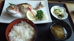 ローカルな新潟の旅 _f0054809_209394.jpg