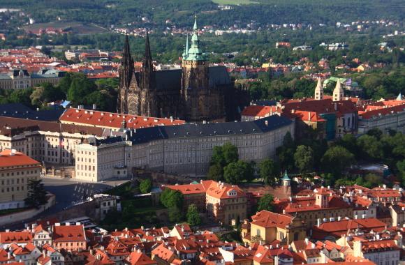 中央ヨーロッパ有数の世界都市_a0113718_14525266.jpg