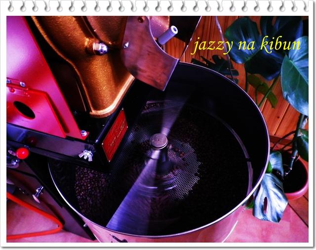 真夏のコーヒーは真夏の暑い中で焼く_c0220824_13295728.jpg