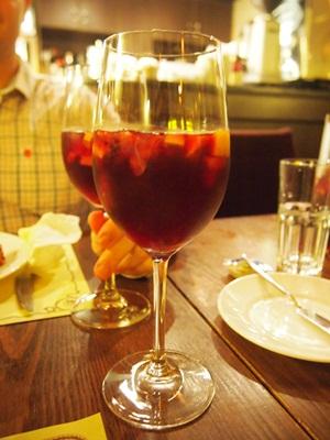 マカオおすすめポルトガル料理レストラン☆ワイン1杯の幸せ_e0182138_22514356.jpg