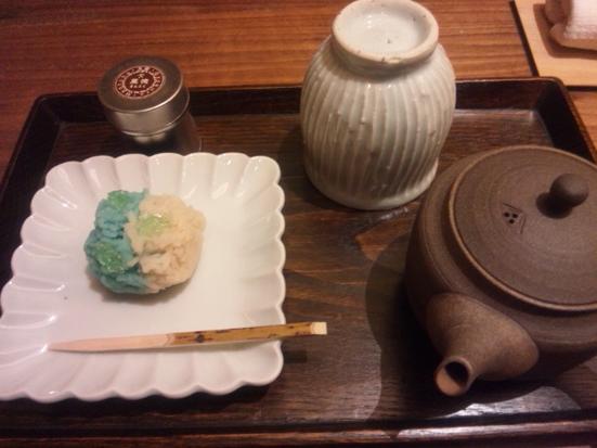 丸の内で美味しいお茶を一服♪「嘉木(かぼく)」@一保堂茶舗_b0051666_813893.jpg