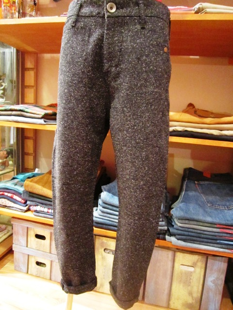 ""\""""Westwood Outfitters"""" 2012 A/W START_f0191324_9524917.jpg""480|640|?|en|2|7e6696f5a302f40058bd4f3fdbbc4d41|False|UNLIKELY|0.2979890704154968