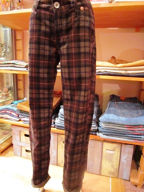""\""""Westwood Outfitters"""" 2012 A/W START_f0191324_9543195.jpg""480|640|?|en|2|9f1781e07ee5852d8d1e650709ee25c0|False|UNLIKELY|0.3093107044696808