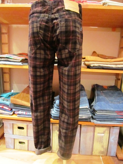 ""\""""Westwood Outfitters"""" 2012 A/W START_f0191324_9543877.jpg""480|640|?|en|2|3dd99aae0ad5fb064aeb6be851bb13bb|False|UNLIKELY|0.29498451948165894