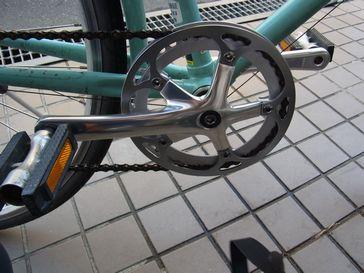ビアンキのギアクランク交換、サイクルコンピューター取り付け_e0140354_1453265.jpg