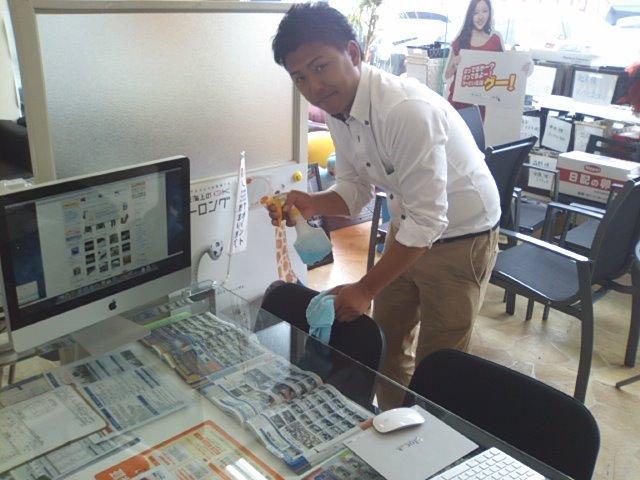 ランクルトミー札幌店(^o^)開店準備中!_b0127002_933494.jpg